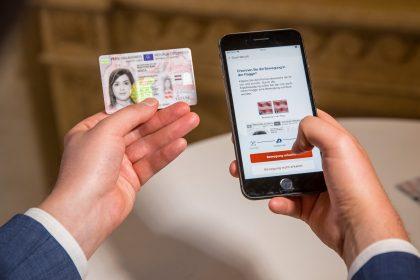 IDcard CHECK-AT app